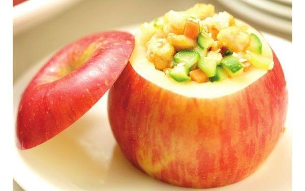 冬季苹果蒸着吃效果惊呆医生 苹果养生吃法
